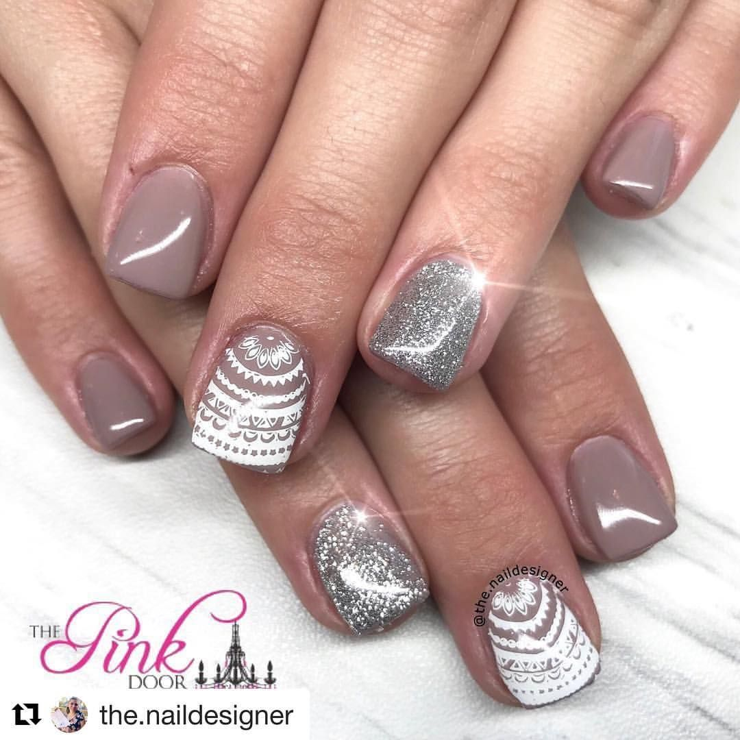 """22 Likes, 1 Comments - ThePinkDoorBoutiques&NailSalon (@the.pinkdoor) on Instagram: """"#Repost @the.naildesigner ・・・ Can we talk about how cute this boho mandala is  Book online at…"""""""