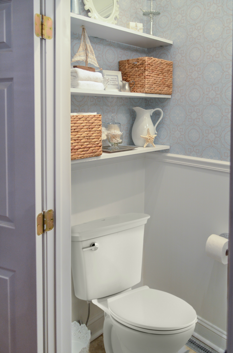 10 Helpful Tips For Making The Most Of Your Small Bathroom Small
