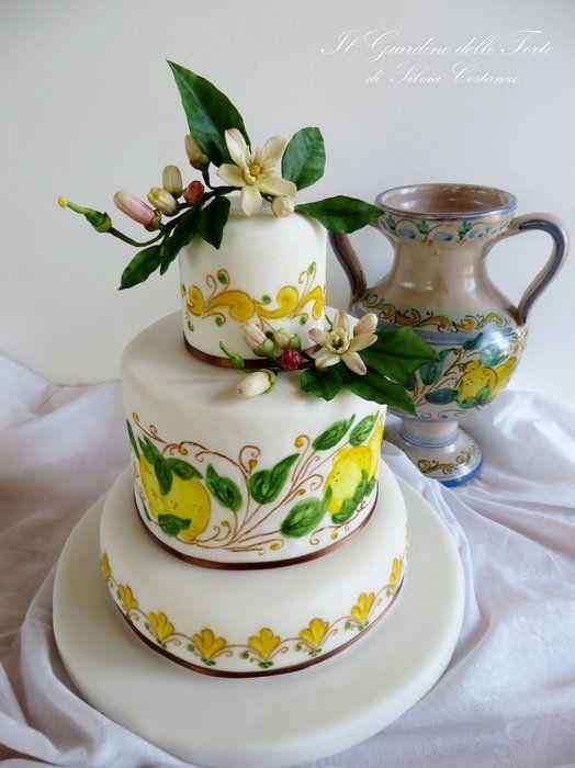 The most #sicilian #wedding #cake in the world *_* bebtrapanilveliero.it