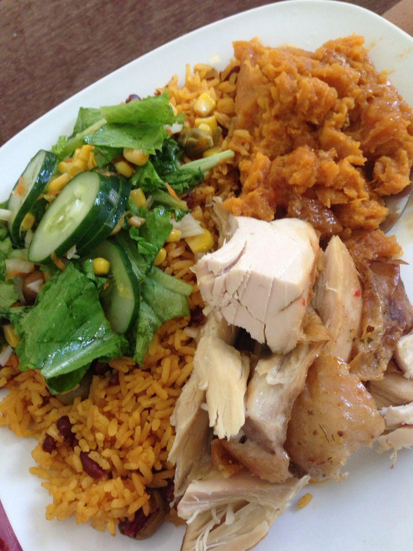 Cena de Acción de Gracias: Arroz con habichuelas, pavo al horno ...