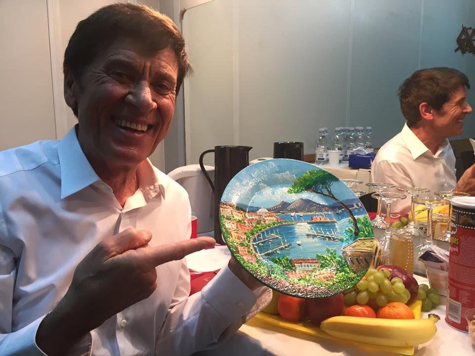 """Gianni Morandi: """"Napoli splendida città"""" - Spettegolando"""