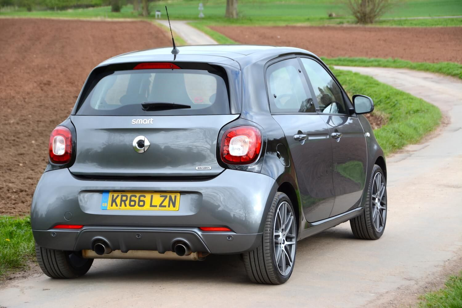 Renault twingo smart forfour 2015 coches pinterest smart forfour smart car and cars