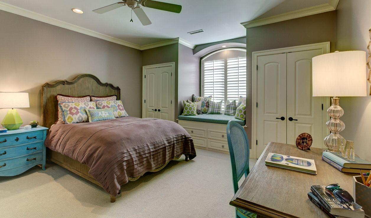 girl s bedroom blue accent pieces purple window seat interior