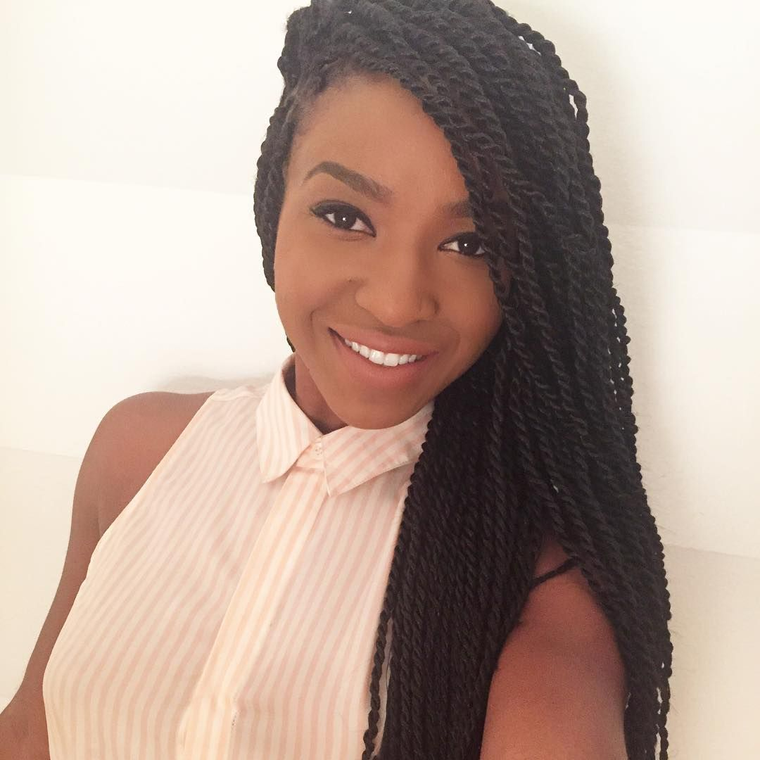 ClientSelfie 💗 Gave Janell small Senegalese Twist using 4 ...