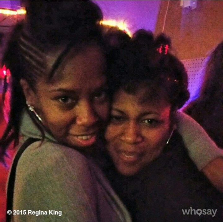 Regina King And Her Sister It S A Family Affair Regina King Famous Sisters King