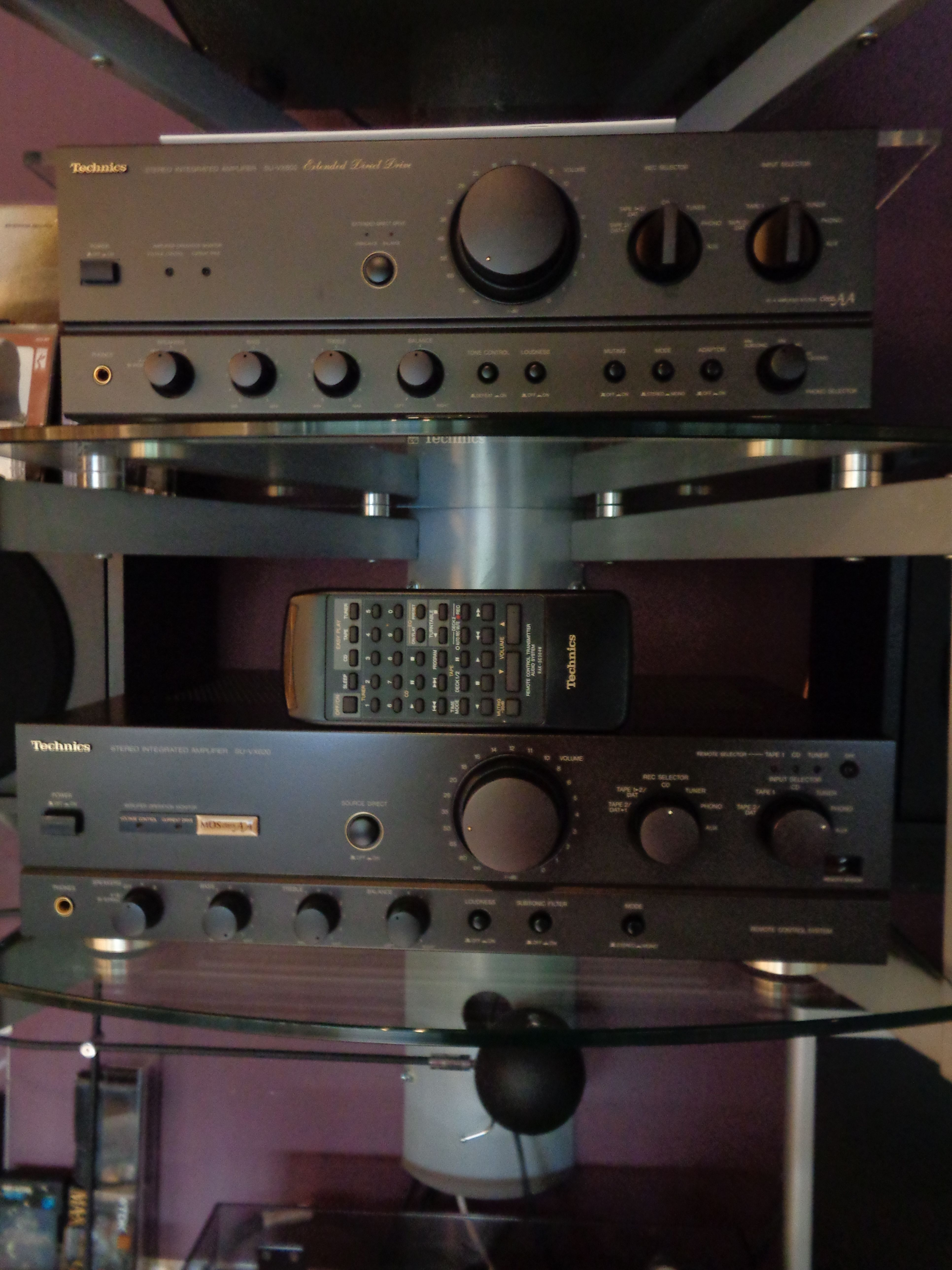 Technics SU-VX800 & SU-VX620 | Good looking stereo