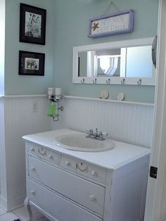 beach cottage bathrooms - Google Search