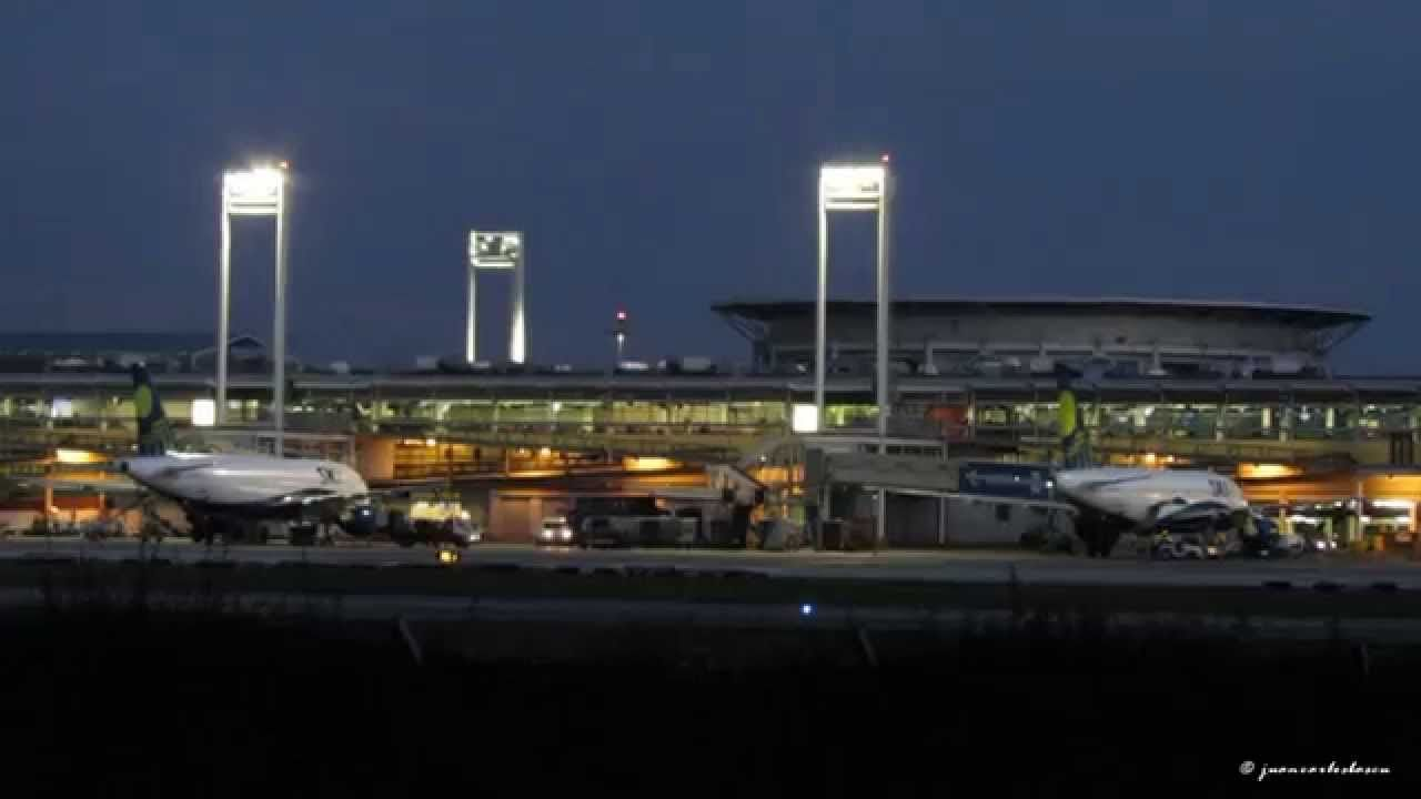 NIGHT SPOTTING at Santiago de Chile Intl. airport (SCL/SCEL)