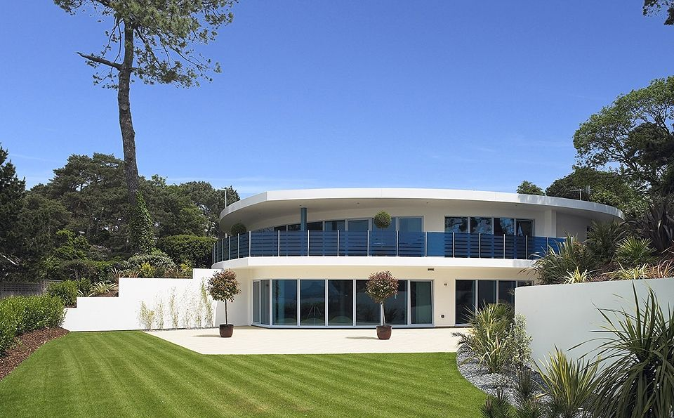 Take A Tour Of Britain S Most Unusual Homes Unusual Homes Architecture Unusual Buildings