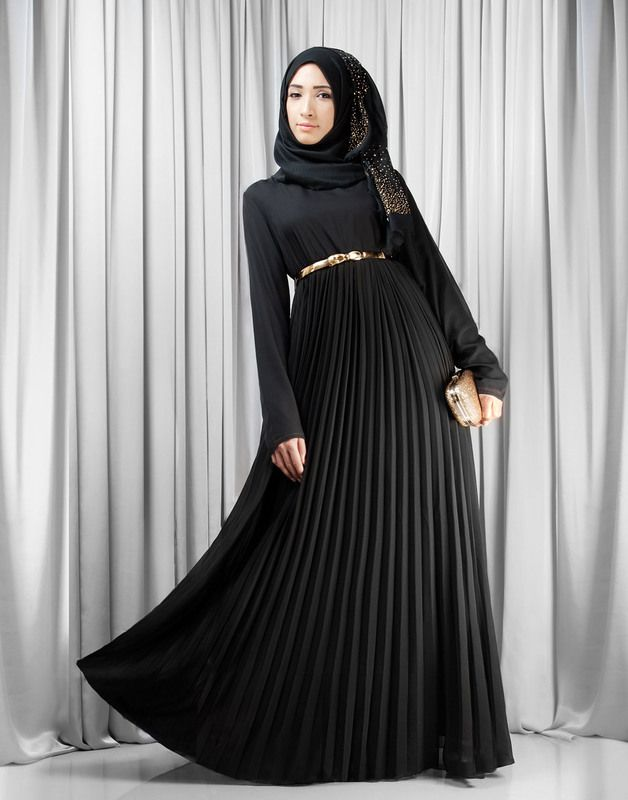 4bdefe9b02473 This chiffon Abaya in jet black is a perfect piece for occasions, weddings  and girly get-togethers during the long evenings of autumn/winter.