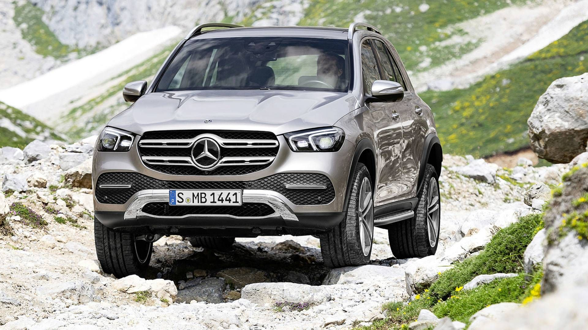 2019 Mercedes Benz Gle Revealed With Lots Of Tech With Images