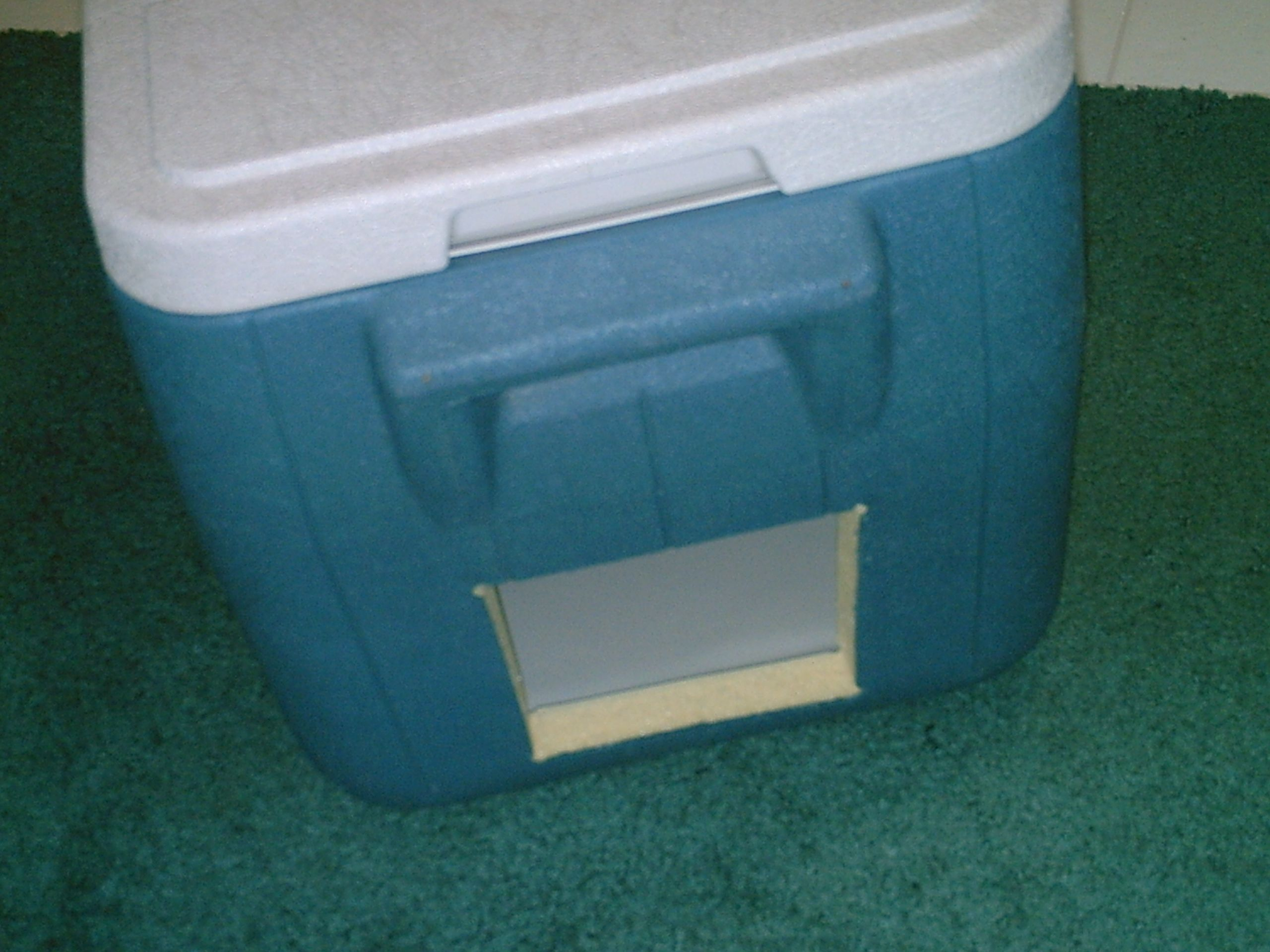 Cat House Made Out Of A Cooler Igloo Cat House Close Up Jpg