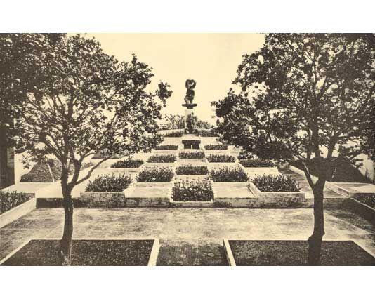 'Art Deco' garden by Gabriel Guevrekian