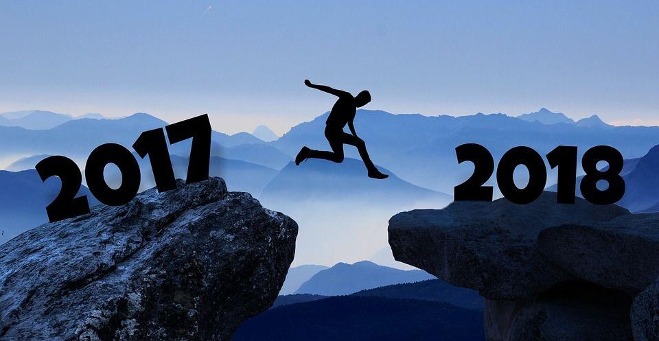 Resultado de imagen de anuncio año nuevo 2018 reloj
