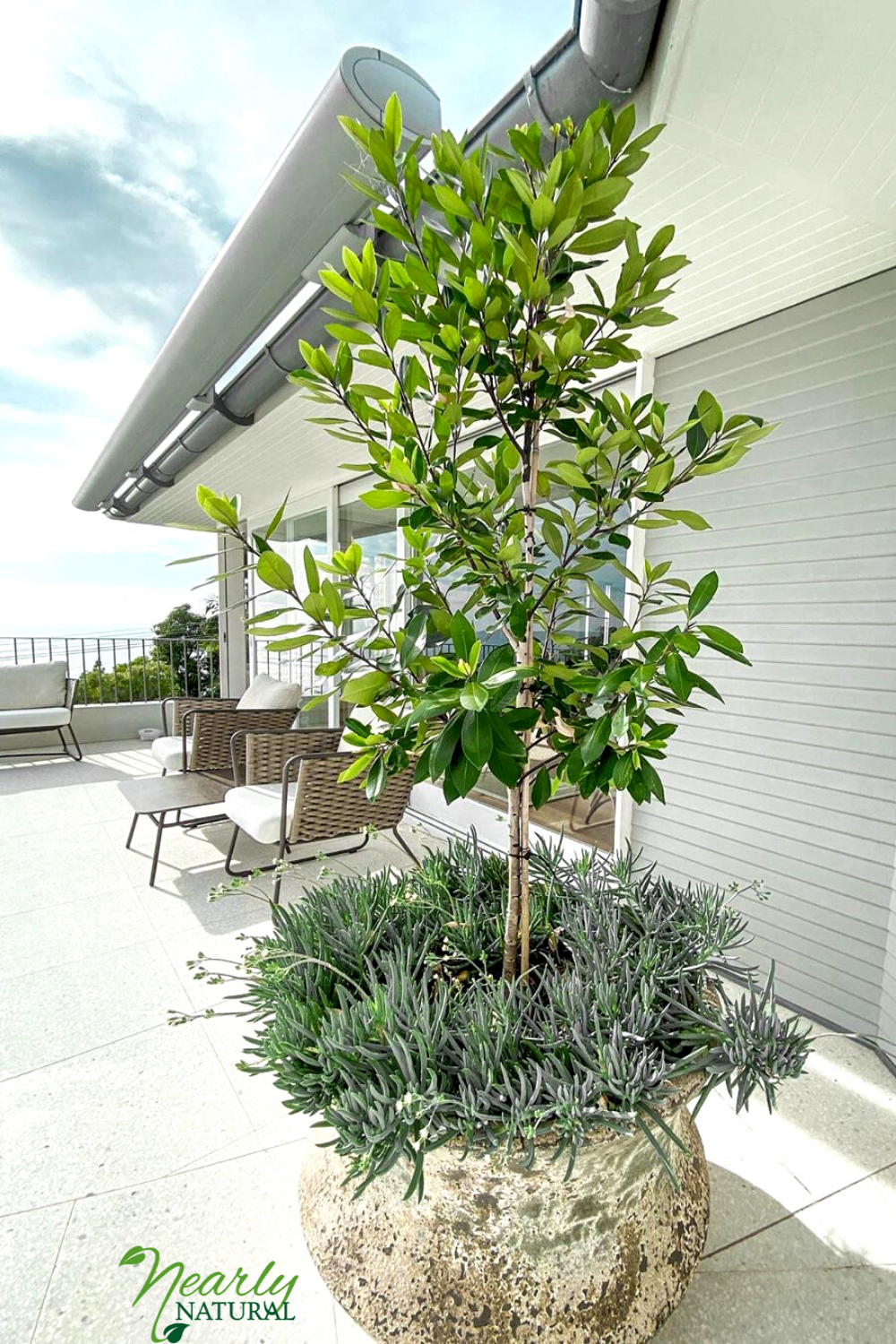 Outdoor Artificial Trees That Will Survive The Summer Heat In 2020 Outdoor Trees Artificial Plants Outdoor Artificial Trees