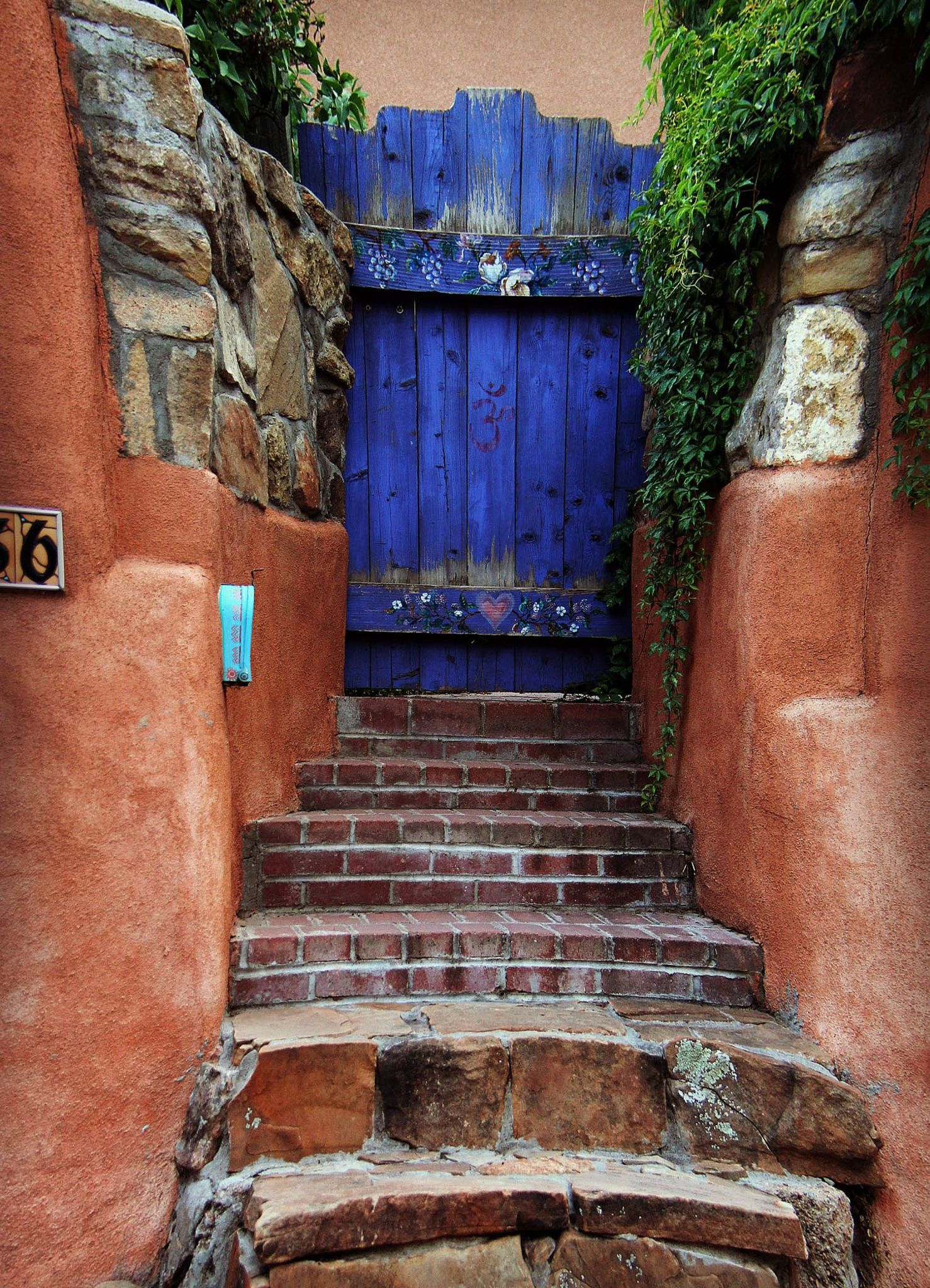 hidden gate by dls63 on 500px somewhere on canyon road santa fe nm doors pinterest. Black Bedroom Furniture Sets. Home Design Ideas