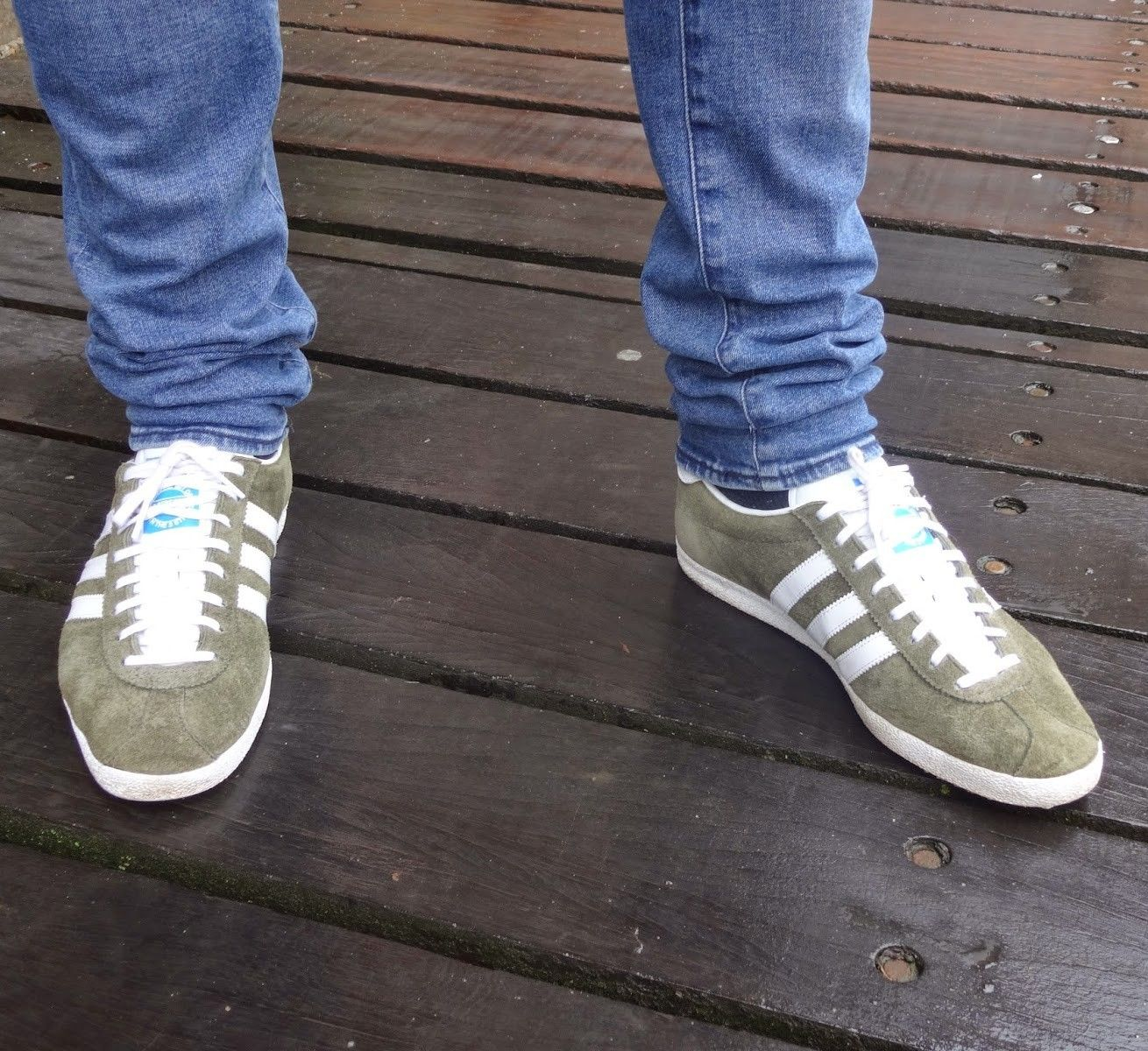 best service 6d0b3 8411c Tent green and white Gazelle on feet on the street. Tent green and white  Gazelle on feet on the street Adidas Og, Football Casuals,