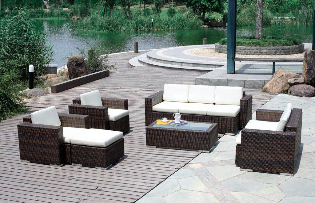 minimalist outdoor furniture for backyard landscape design