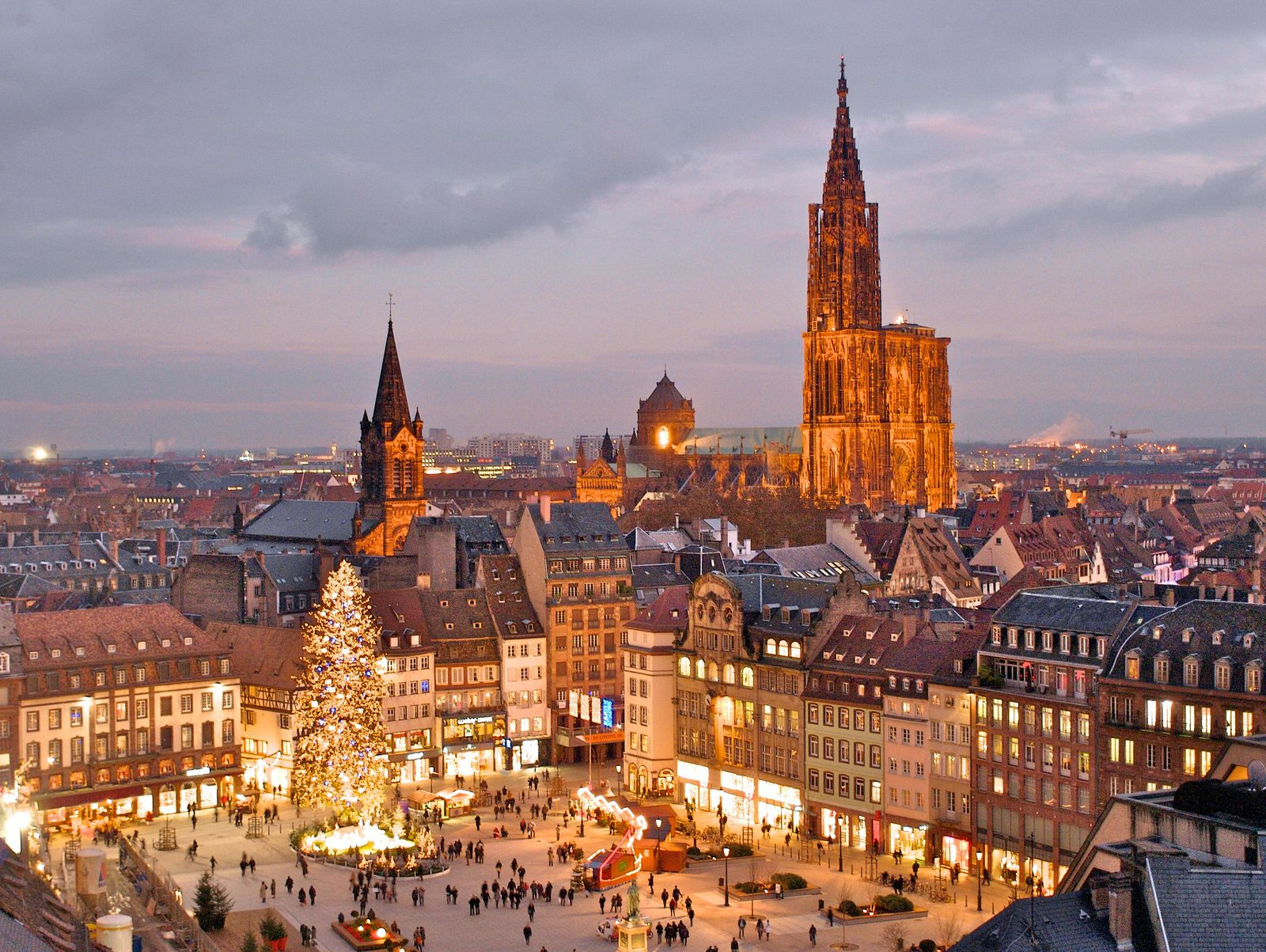 The Christmas market in Place Kléber in Strasbourg