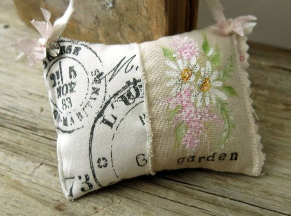 Pillow, Cottage Style, Hand Painted, French Script Pillow, Daisy Pillow,Small Pillow,Hanging Pillow, Mini Pillow