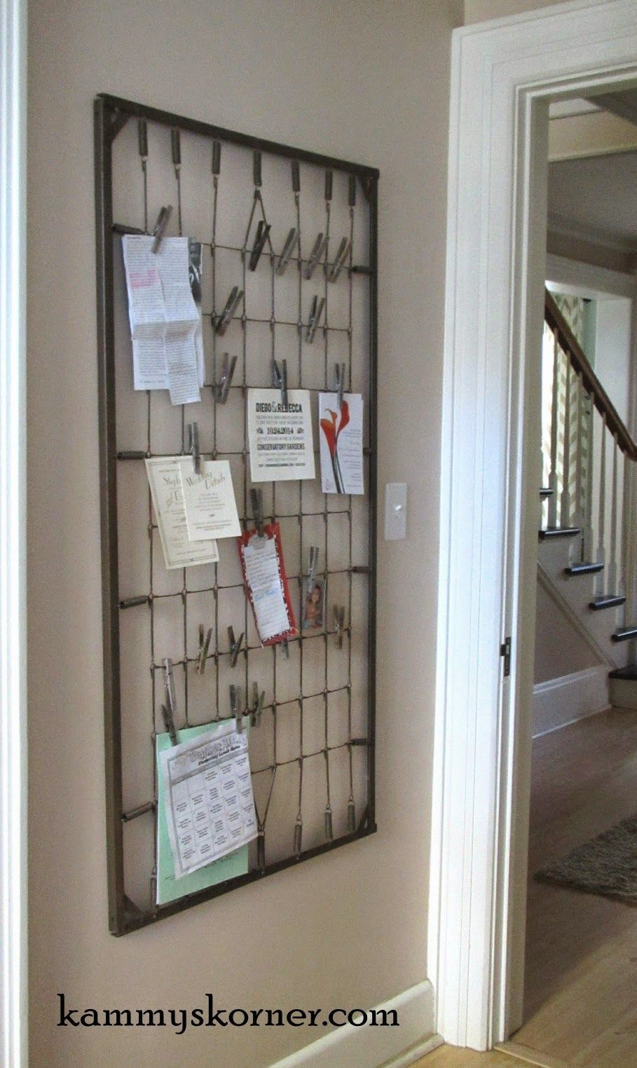 Crib rail for sale - What A Great Idea Using An Old Crib Spring To Clip Pictures Notes