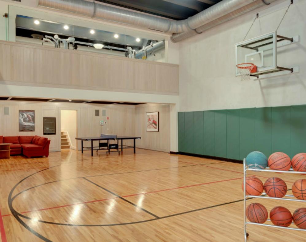 Indoor Basketball Court Indoorbasketball Home Basketball Court Basketball Room Indoor Basketball Court