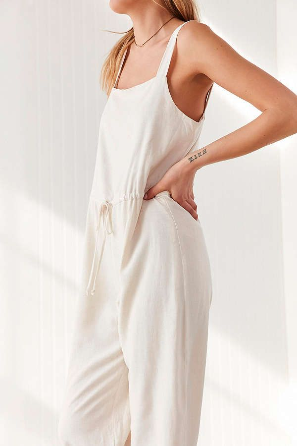 d946ad29ffc2 Slide View  5  Silence + Noise Square Neck Linen Jumpsuit Urban Outfitters