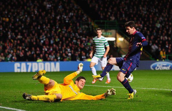 Lionel Messi vs Fraser Forster