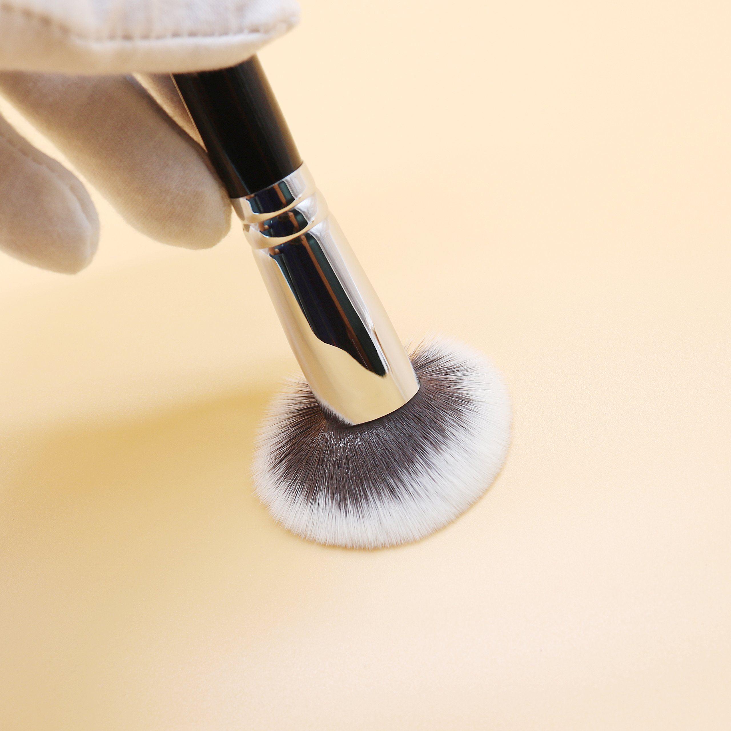 Cruelty Free Kabuki Brush Powder Blending Blush Buffing