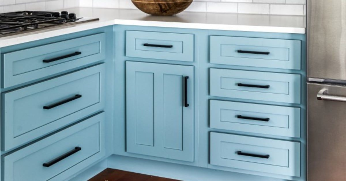 Best The Best 10 Blue Paint Colors For Kitchen Cabinets 400 x 300