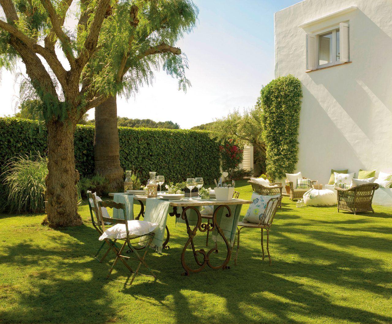 Como una casa en el campo etxeak casas terraza jardin - Casa con jardin barcelona ...