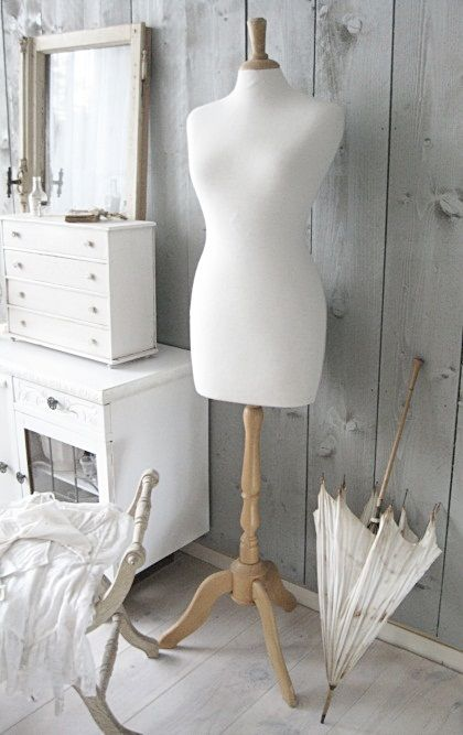 I've always wanted one of these mannequins and I'd put a pretty mini skirt and pearl necklace on it to make it less plain