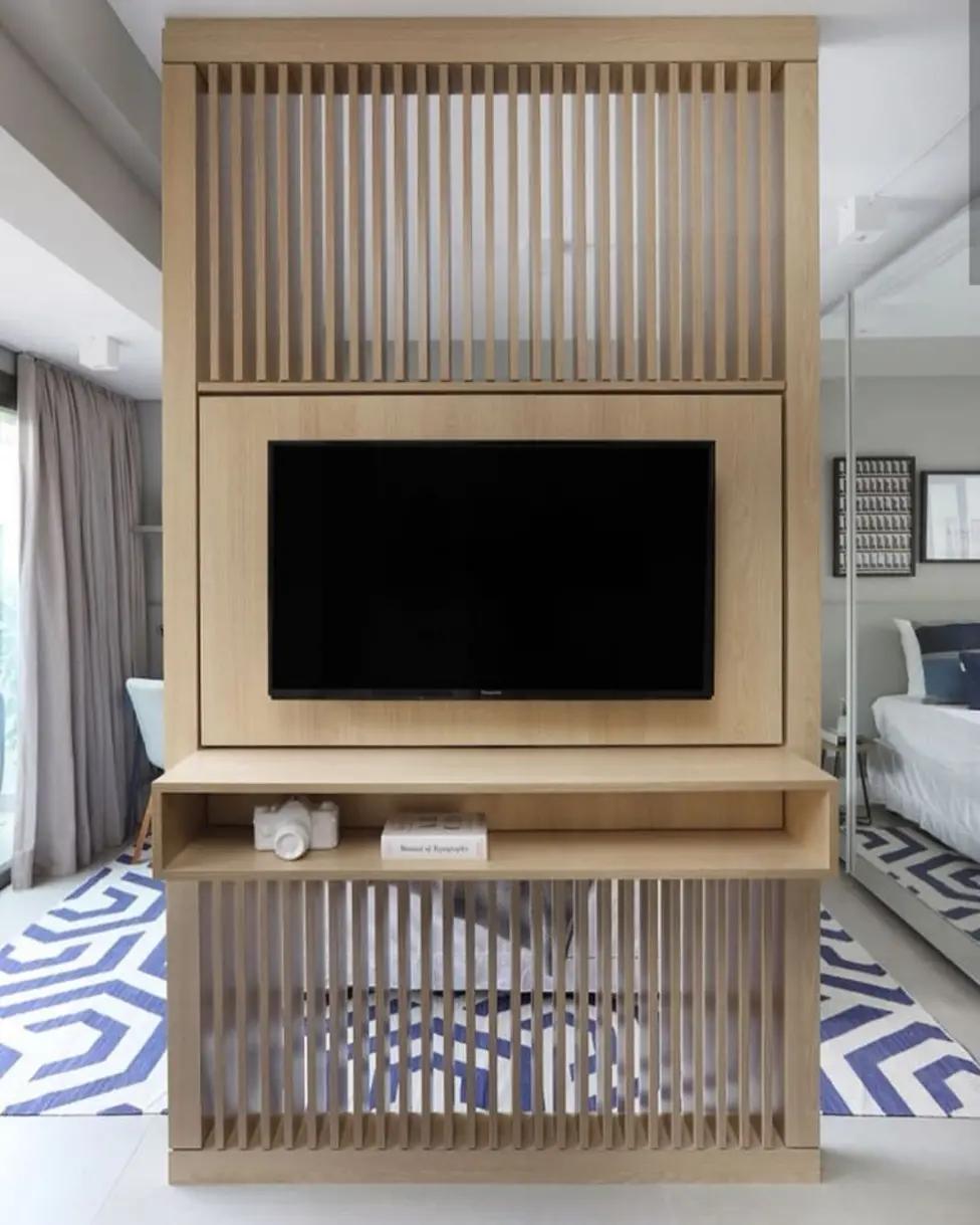 Painéis de TV giratórios e feitos sob medida: perf