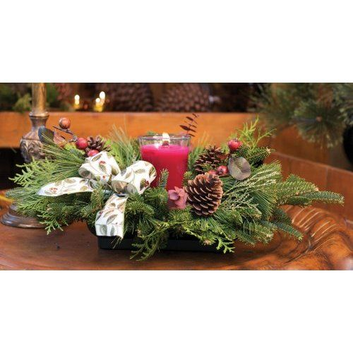 Amazon Com Candlelit Holiday Gift Centerpiece Kitchen Dining Elegant Christmas Centerpieces Christmas Floral Designs Christmas Centerpieces
