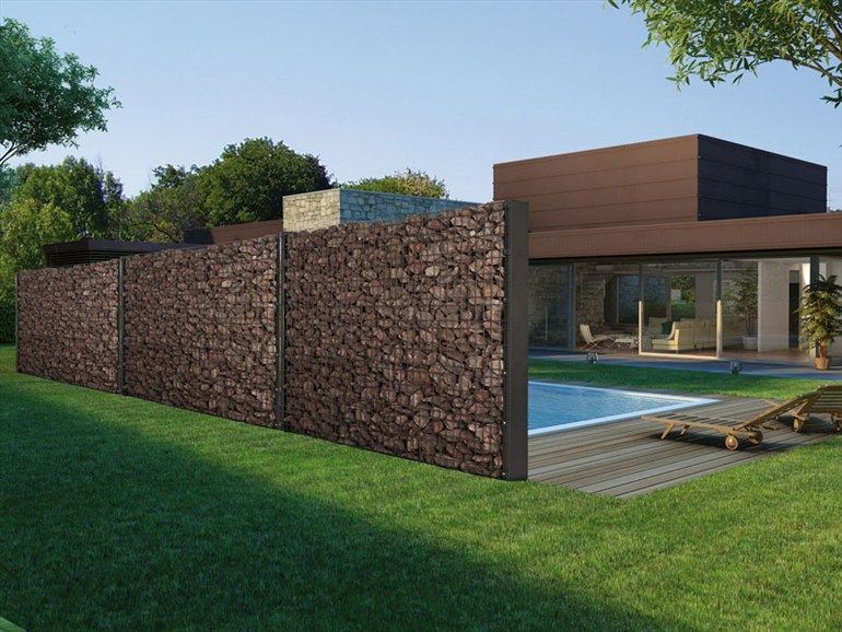 idea to reuse rubble from demolition in landscape - 'Zenturo Super' by Betafence Italia