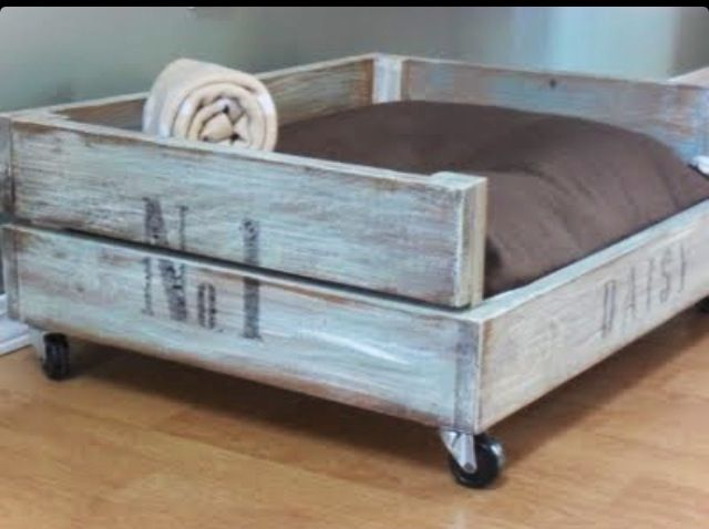 Dog bed on wheels | DIY | Pinterest | Dog beds, Dog and Doggies