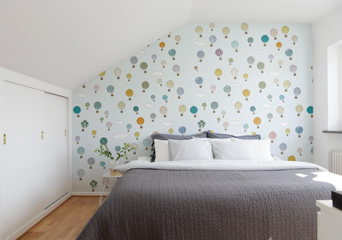 I would love this wallpaper for Josefine´s room.  Mr Perswall Sverige