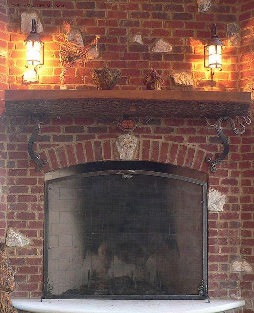 Exterior Mantle & Firescreen