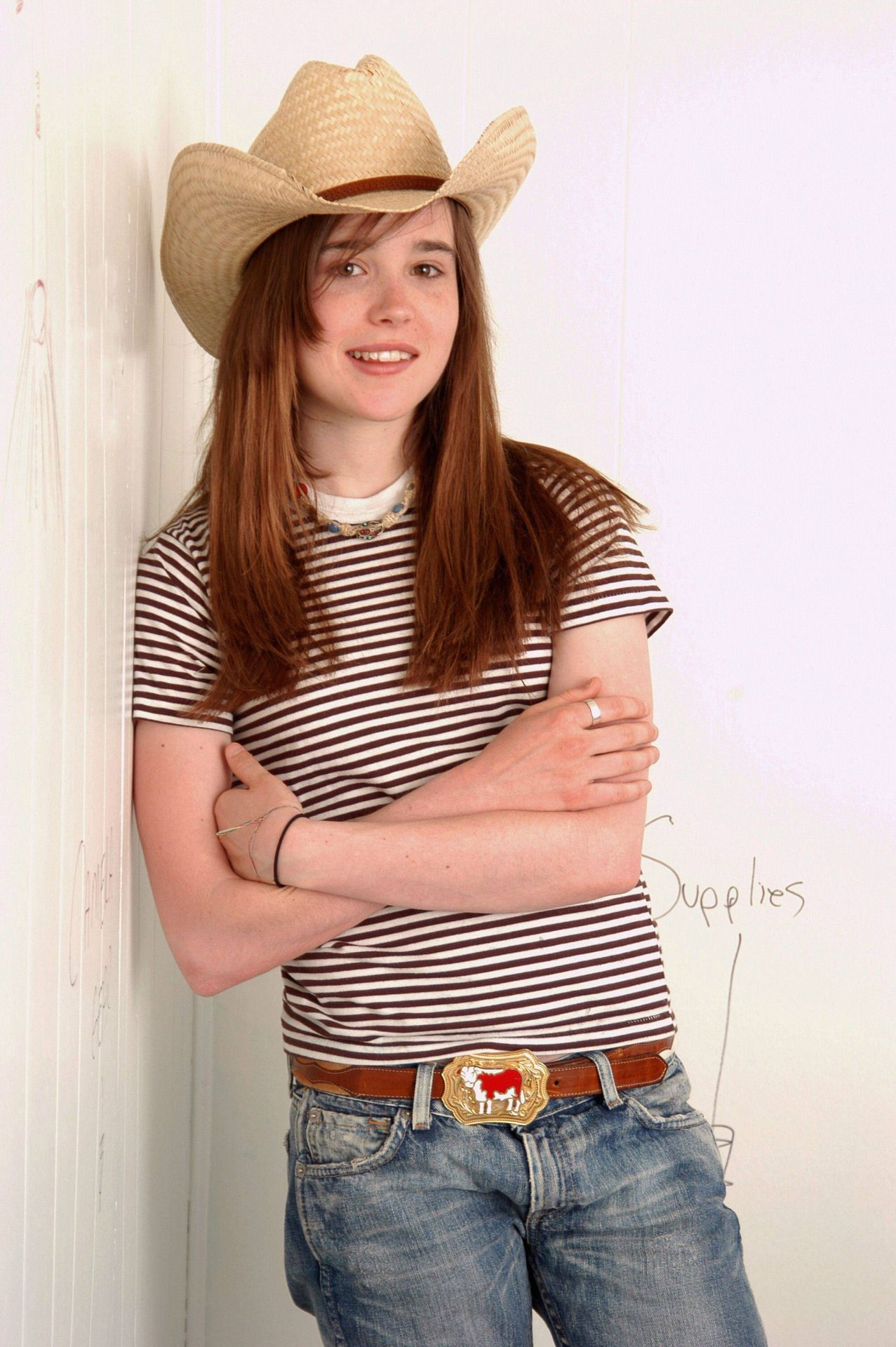 Is a cute Young Ellen Page naked photo 2017