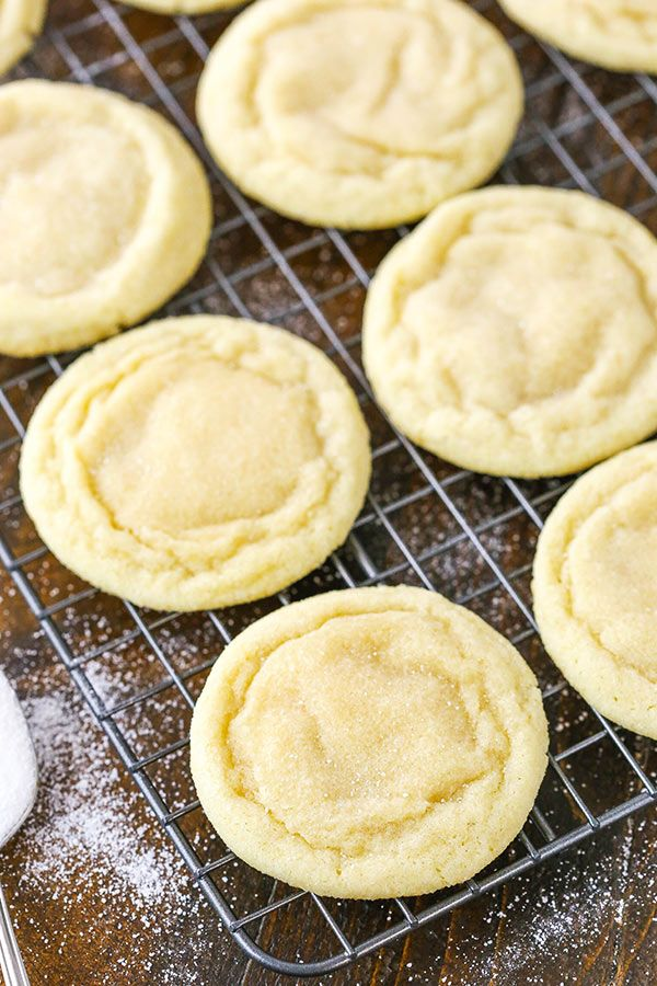 Best Soft and Chewy Sugar Cookies #sugarcookies
