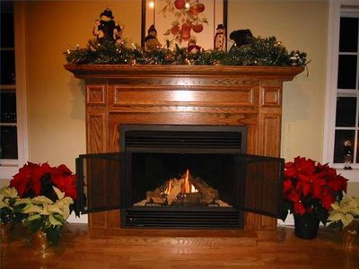 How to Make a Gas Fireplace Look Real | Gas fireplace, Mantel ...