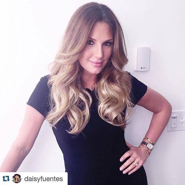 Daisy Fuentes Hsn Wearing Dark Golden Blonde