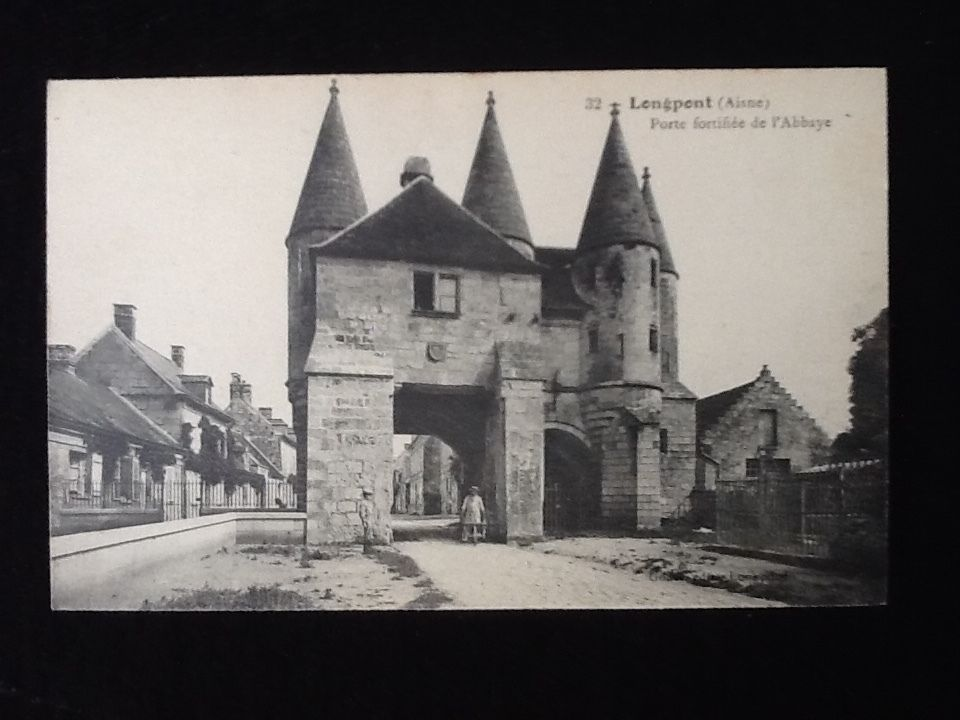 Détails sur Carte postale ancienne Longpont (Aisne) Porte fortifiée de l' Abbaye | Cartes ...
