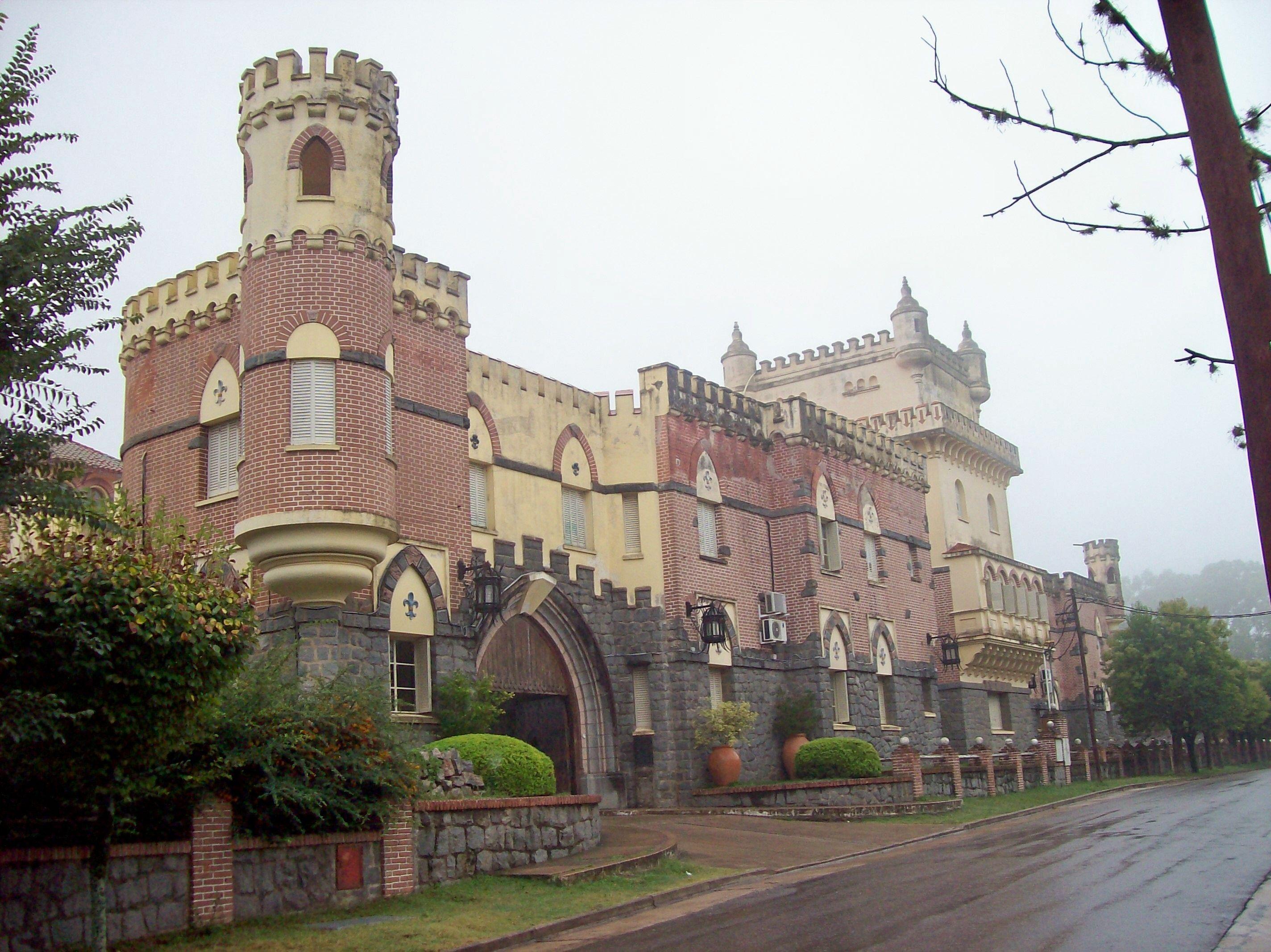 Castillos Estancias Y Palacios De Argentina El Medioevo Metro  # Castillo Muebles Jujuy