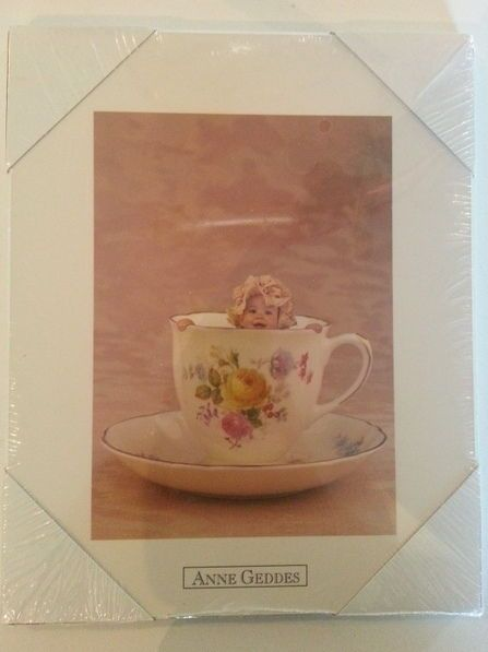 Anne Geddes Picture Baby in a Tea Cup 8x10 Collectible Picture Baby Wood Cute