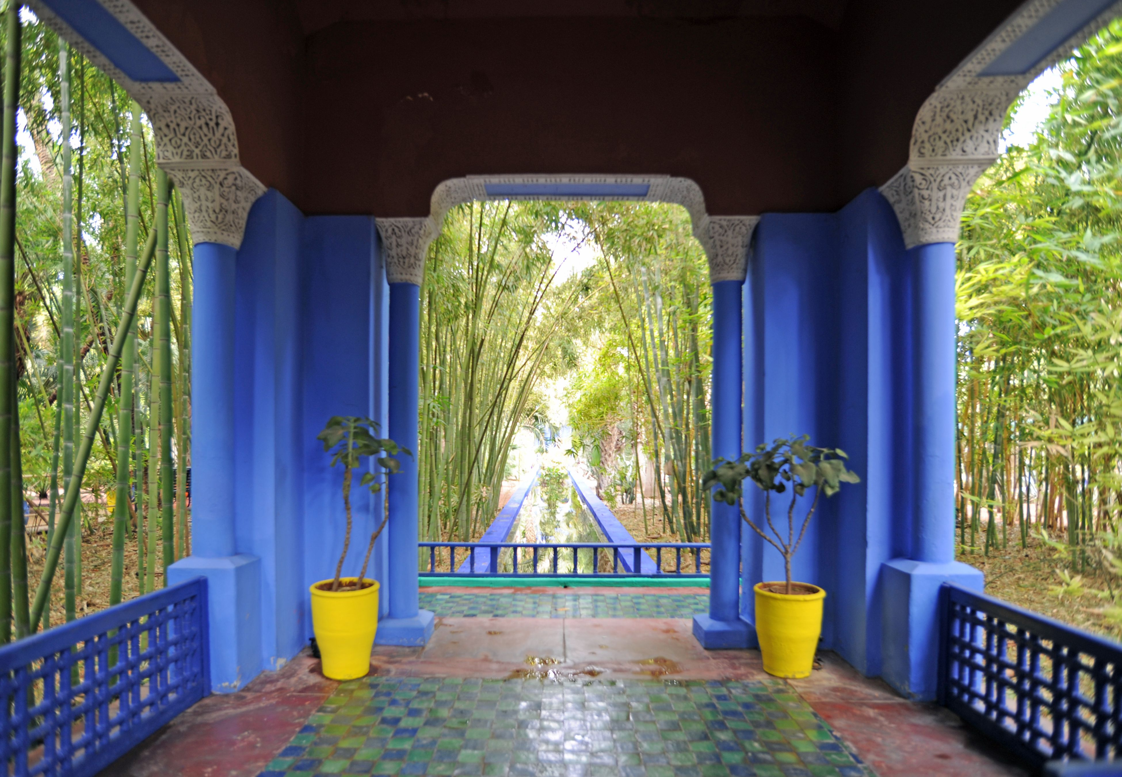 Majorelle veranda jardin bambou mirebelais pinterest for Jardin majorelle
