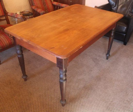 Yellowood And Stinkwood Table R3 900 00 Cape Town Image 3