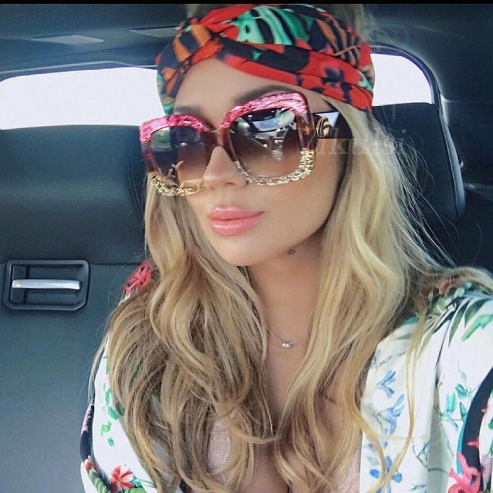 b95c1ed797 HBK Luxury Italy Brand Oversized Square Sunglasses Women Retro Brand  Designer Big Frame Sun Glasses Female Green Red oculos 2018