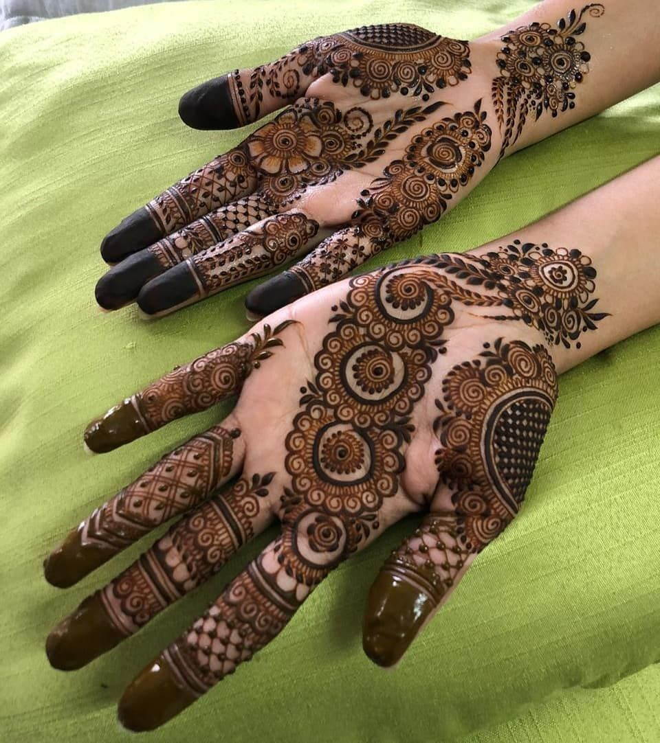 N A S H W A H K H A N On Instagram Assalam Alaikum Wrwb I Hope Everyone Is Doing Great In S Latest Arabic Mehndi Designs Mehndi Designs Round Mehndi Design