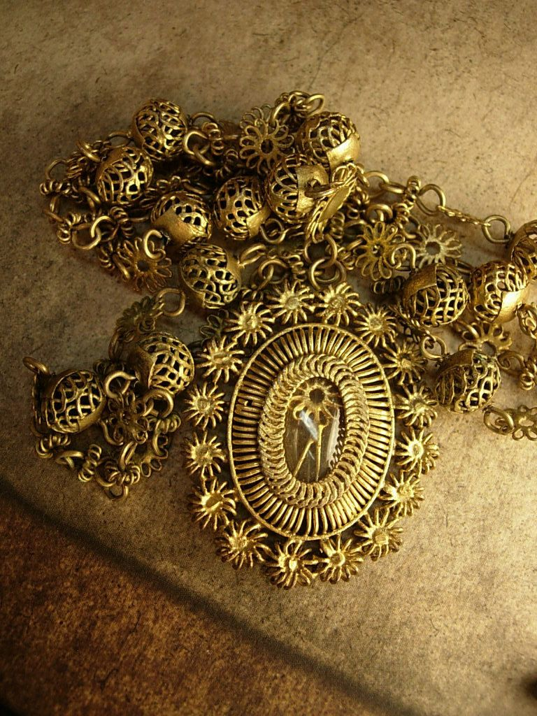 Vintage Georgian Antique CANNETILLE  MOURNING Hair Portrait locket necklace